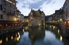 Palais de l'Ile, Annecy, France - Crédits photo : Kosala Bandara via Flickr