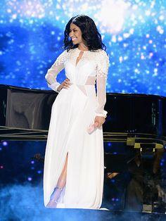 Nicki Minaj at the 2014 AMAs