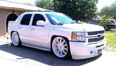 2007 Chevy Avalanche, Avalanche Truck, Avalanche Chevrolet, Custom Chevy Trucks, Gm Trucks, Cool Trucks, Custom Cars, Cadillac Escalade, Escalade Ext