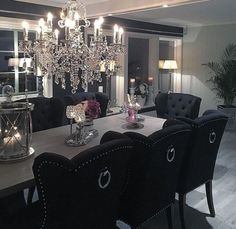 Salle à manger Guarantee you have access to the best lighting pieces for your dining room proje