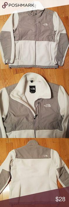 The North Face Women's Denali Jacket White L Gently used the North Face women's white Denali jacket size large The North Face Jackets & Coats