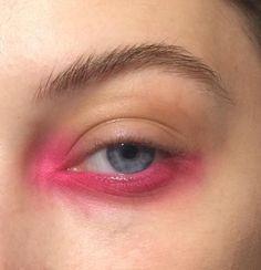 issey miyake makeup ss16, Neon pink eye make up