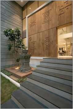 ✔️ 98 Design Of The Exterior Entrance Of The House That Looks Luxurious 37 . ✔️ 98 Design Of The Exterior Entrance Of The House That Looks Luxurious 37 … ✔️ 98 Desi House Designs Exterior, Bungalow Interiors, Foyer Design, Exterior Wall Design, Entrance Design, House Entrance, House Front Design, Modern Exterior Doors, House Exterior