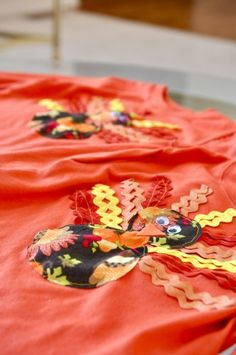 Rick Rack Turkey Shirt Tutorial - Must see these for Thanksgiving!