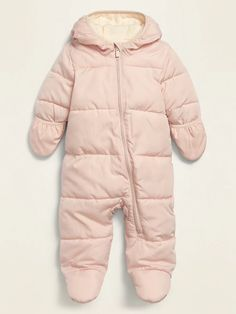Girls Winter Outfits, Winter Baby Clothes, Baby Girl Winter, Girl Outfits, Baby Girl Snowsuit, Baby In Snow, Snow Outfit, Shop Old Navy, Baby Month By Month