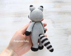 Cuddle Me Raccoon crochet pattern
