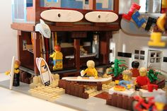 The Surf Shop Surfing-tips,how tolearn surfing Lego Beach, Surf Live, Surfing Tips, Lego Pictures, Lego Design, Lego Projects, Custom Lego, Surf Style, Lego Building