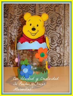Dulcero Winnie Pooh con material reciclado puedes ver el tutorial aquí https://www.youtube.com/watch?v=zSLQXnonbys&list=UUZdC0rr77mmdEKf1HfErurQ