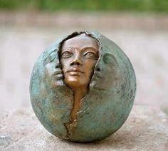 Sculpture of face pearing out of faces by Ostara Sculptures Céramiques, Art Sculpture, Bronze Sculpture, Ceramic Sculptures, 3d Studio, Paperclay, Oeuvre D'art, Ceramic Art, Statues