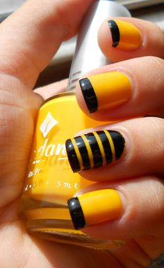 Black and Yellow Striped Nails