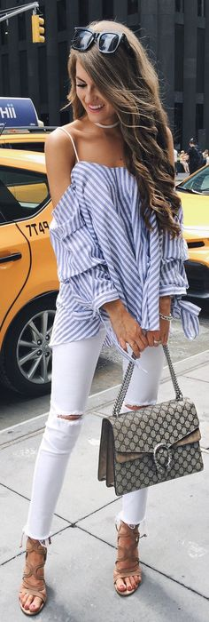 Blue Striped Blouse / White Ripped Skinny Jeans / Grey Printed Shoulder Bag / Brown Sandals