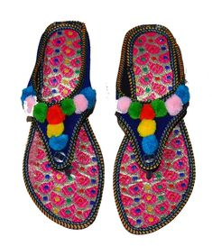 42fdb5ff8e0b NEW US SIZE 7 WOMENS PUNJABI INDIAN FLAT SLIPPERS DOUBLE EMBROIDERY SANDAL   fashion  clothing  shoes  accessories  womensshoes  slippers (ebay link)