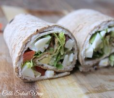 All of the flavors of a Cobb salad, lightened up and served in a wrap. You'll look forward to having this Cobb salad wrap for lunch. Ww Recipes, Skinny Recipes, Lunch Recipes, Cooking Recipes, Healthy Recipes, Diabetic Recipes, Healthy Wraps, Healthy Foods, Cooking Tips