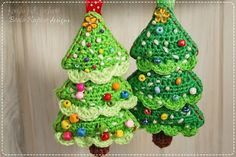 Cute crochet Christmas Tree decoration right in time for holidays! This mini embellishment can give you many ways of using, all depends of y...