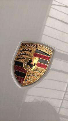 Car Brands Logos, Car Logos, Porsche Models, Porsche Cars, Marca Ferrari, Pink Cigarettes, Bmw Wallpapers, Top Luxury Cars, Porche