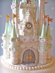 wedding cakes disney Beautiful castle cake topper for a Disney Wedding Disney World Wedding, Disney Inspired Wedding, Disney Weddings, Crazy Cakes, Fancy Cakes, Pretty Cakes, Beautiful Cakes, Amazing Cakes, Wedding Cake Toppers