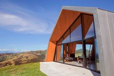 The Crossing, Pakiri, New Zealand designed by architect Paul Clarke (Grand Designs NZ)