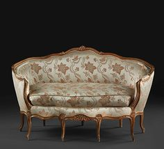In solid, carved beechwood. Fine Furniture, Sofa Furniture, Antique Furniture, Settee, Canapes, Love Seat, Period, Carving, Couch