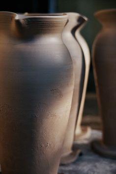 Earthware vase. Canon eos 700, Fujicolor C200