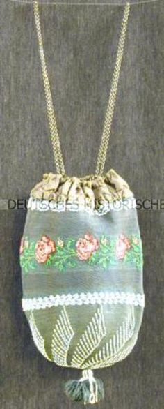 DHM, Deutches Historisches Museum. Silk embroidered purse with glass beads