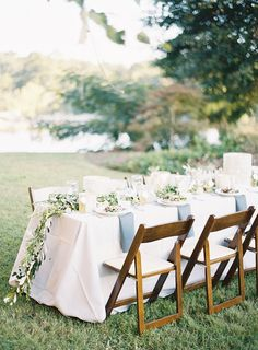 elegant backyard reception - photo by Odalys Mendez Photography http://ruffledblog.com/cool-toned-autumn-wedding