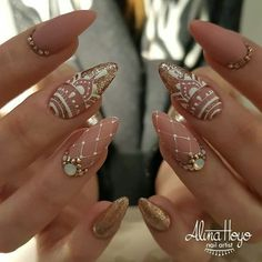 "Obtain fantastic ideas on ""acrylic nail art designs gallery"". They are actually offered for you on our website. Henna Nail Art, Henna Nails, Lace Nails, Silver Nails, Bling Nails, Nail Art Strass, Mandala Nails, Bridal Nail Art, Cute Nail Art Designs"