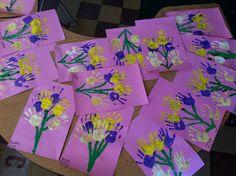 Adorable handprint bouquets!