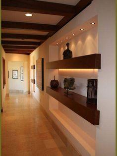 Contemporary hallway 54 hallway ideas for big house with luxury design Design Hall Entrada, Style At Home, Contemporary Hallway, Contemporary Homes, Flur Design, Hallway Designs, Hallway Ideas, Hallway Art, Interior Decorating