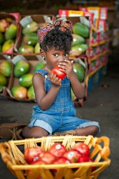 [NATURAL HAIR NOW] This 3-Year-Old Is Becoming a Natural Hair Sensation! - Photos - EBONY