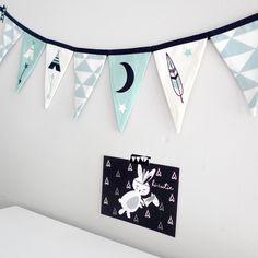 vlaggenlijn groen vlaggetjeslijn kinderkamer babykamer versiering decoratie