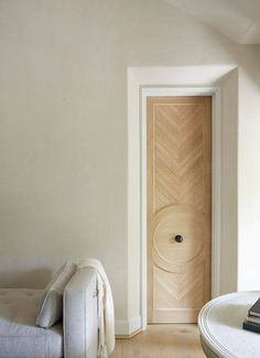 Pretty chevron door. Jeffrey Dungan Architects. Projects