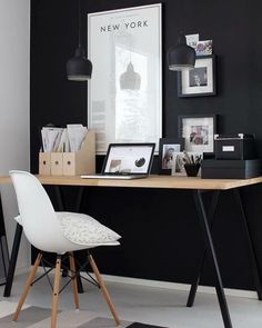 Creating a stylish workspace: Modern ideas for the home office . - Create a stylish workspace: Modern ideas for the home office – - office decor office design office ideas Home Office Space, Office Workspace, Home Office Design, Home Office Decor, Modern House Design, Home Decor, Office Ideas, Workspace Design, Office Designs