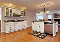 70 Knowles Mill (WATERFRONT), Chester, NH as presented by Verani Realty.