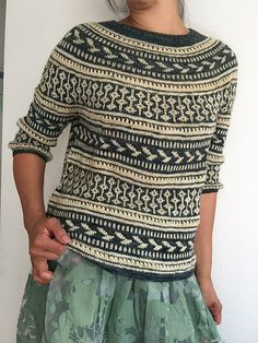 This allover color work sweater was loosely inspired by one of my favorite bands from my younger years It is a throwback to the early 90 s grunge baggy striped sweater with an original color work motif and lace insert twist # Lace Knitting Patterns, Knitting Designs, Motif Fair Isle, Fair Isle Knitting, How To Purl Knit, Pulls, Lana, Knit Crochet, Sweaters