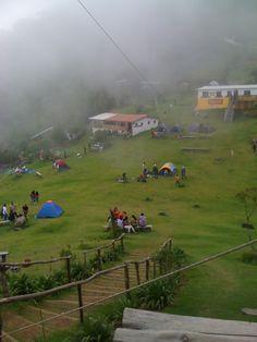 Uno de los destinos turísticos más visitados en Chalatenango, #ElSalvador es el Cerro El Pital, La temperatura promedio es de unos doce grados, es bastante frío, sin embargo hay días que no es demasiado helado. Las temperaturas más bajas son por la noche, pueden llegar hasta unos dos o tres grados.