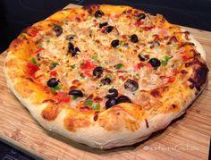 Sábado #pizza #bonito #pimientos #cebolla #tomate #aceitunas...
