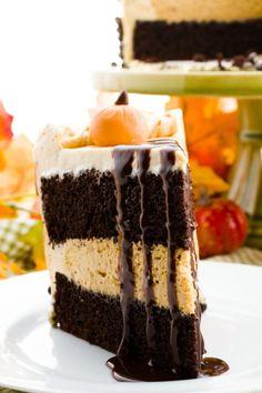 Tekvicová torta s perníkovým korpusom
