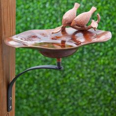 Antiqued Bird Bath with Birds with Wall Mount Bracket - MA650