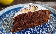 Czekoladowe ciasto z gruszkami Cupcake, Food, Cupcakes, Essen, Cupcake Cakes, Meals, Yemek, Cup Cakes, Eten