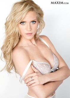 Brittany snow s smart hair trick add a hair extension for an angled