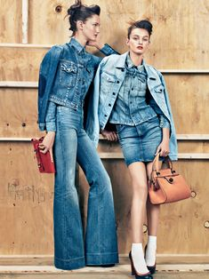 Denim on Denim on Denim on Denim on… [via Teen Vogue] Shorts Jeans, All Jeans, Jeans Denim, Denim Flares, Denim Skirts, Overalls, Denim Editorial, Editorial Fashion, Vogue Editorial