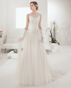 4ca89890f9 20 Great Vestidos de noiva Alma Novia images