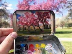 15 Miniature Landscapes Painted Inside Mint Tins – Colorado-based artist Heidi Annalise has found a novel use for old mint tins, transforming them into tiny… Art Hoe Aesthetic, Mint Tins, Guache, Art Sculpture, Foto Art, Art Inspo, Painting & Drawing, Amazing Art, Amazing Nature
