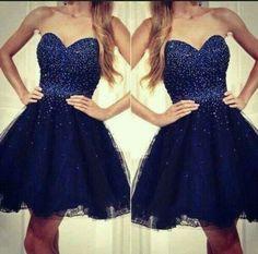 Vestido de 15 anos azul escuro curto