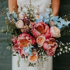 pretty wedding floral bouquet inspiration Getting married during the spring is very convenient if you want your decor filled with fresh and colorful flowers! It is also the most romantic season, where Spring Wedding Bouquets, Bride Bouquets, Floral Bouquets, Summer Wedding Flowers, Spring Flower Bouquet, Cascading Bridal Bouquets, Bridal Bouquet Blue, Peony Bouquet Wedding, Rustic Wedding Bouquets