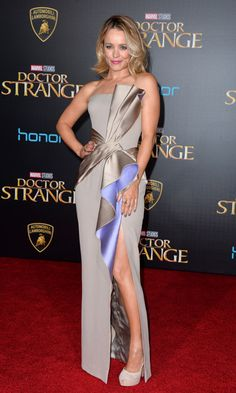 Rachel McAdams wowed at the Los Angeles premiere of her new film Doctor Strange wearing a sculptural gown by Atelier Versace. The actress accessorized the chic number, which featured a thigh high slit, with H. Stern jewels.
