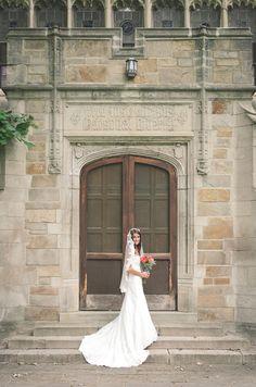 Melissa Elaine Photography Ann Arbor Wedding Photographer University Of Michigan Law Quad Sites Around Town Pinterest