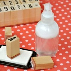 This stamp cleaner is so easy to make and so effective that will change your crafting life!