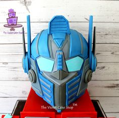 Transformers OPTIMUS PRIME 3D Helmet Cake