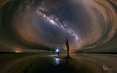 Lost In The Dark (Lake Dumbleyung, Western Australia) - Imgur
